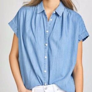 Madewell Chambray Short Sleeve Button Down - L